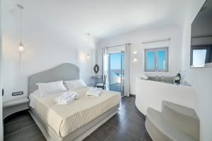 Luxury Suites Santorini