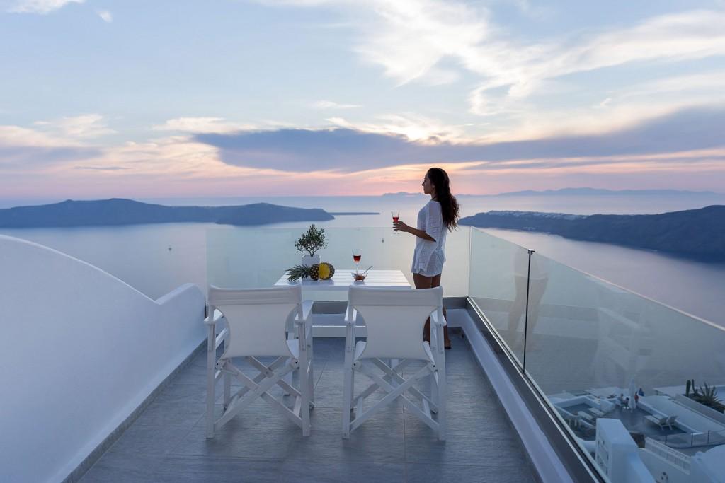 Unique Suites Santorini Suite